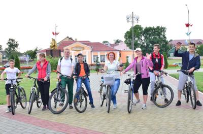 На велосипедах – по родному краю